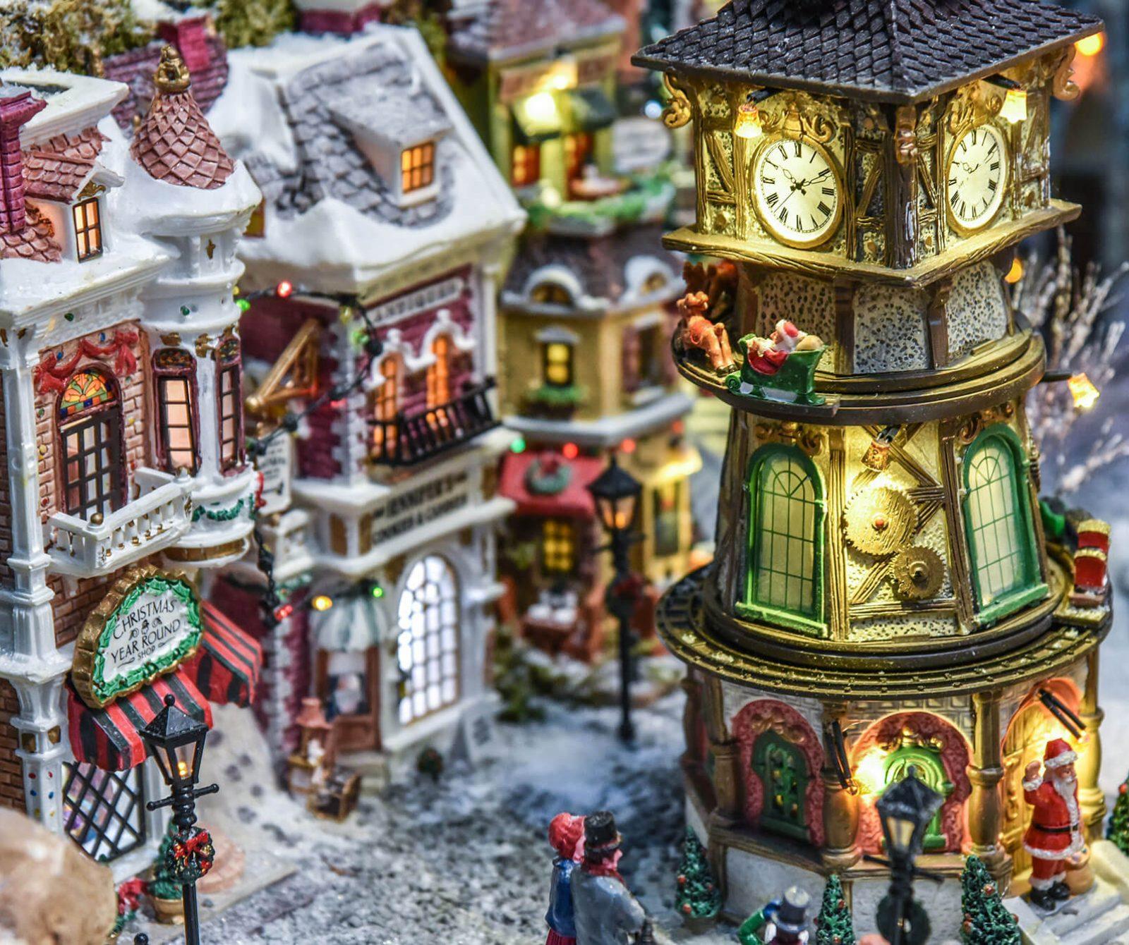 villaggio-di-natale-lemax-torre-orologio